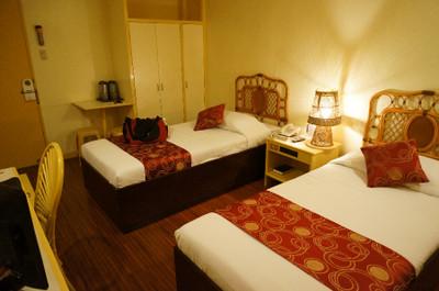 130530_hotel_cesario_room2