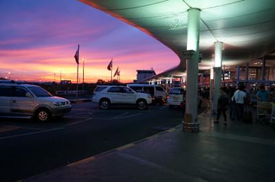 130530_twilight_in_manila_airport2