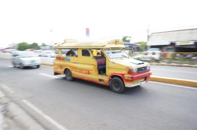 130601_jeepney3