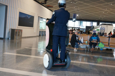 20131215_narita_air_port_segway_pol